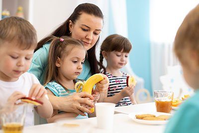 Childcare-Food-and-Drinks_01