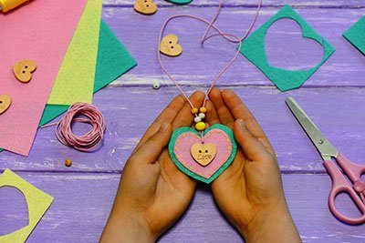 Craft-and-Dressmaking-for-Kids-Teens_02